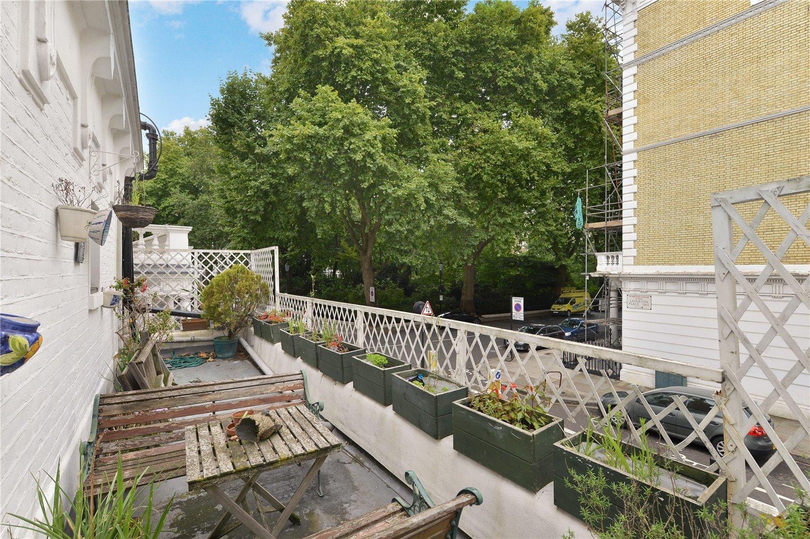 Laverton Place, London, SW5-4