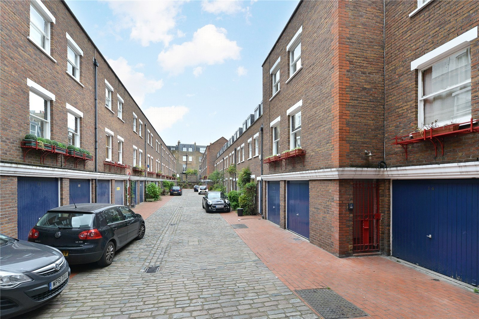Shrewsbury Mews, London, W2-12
