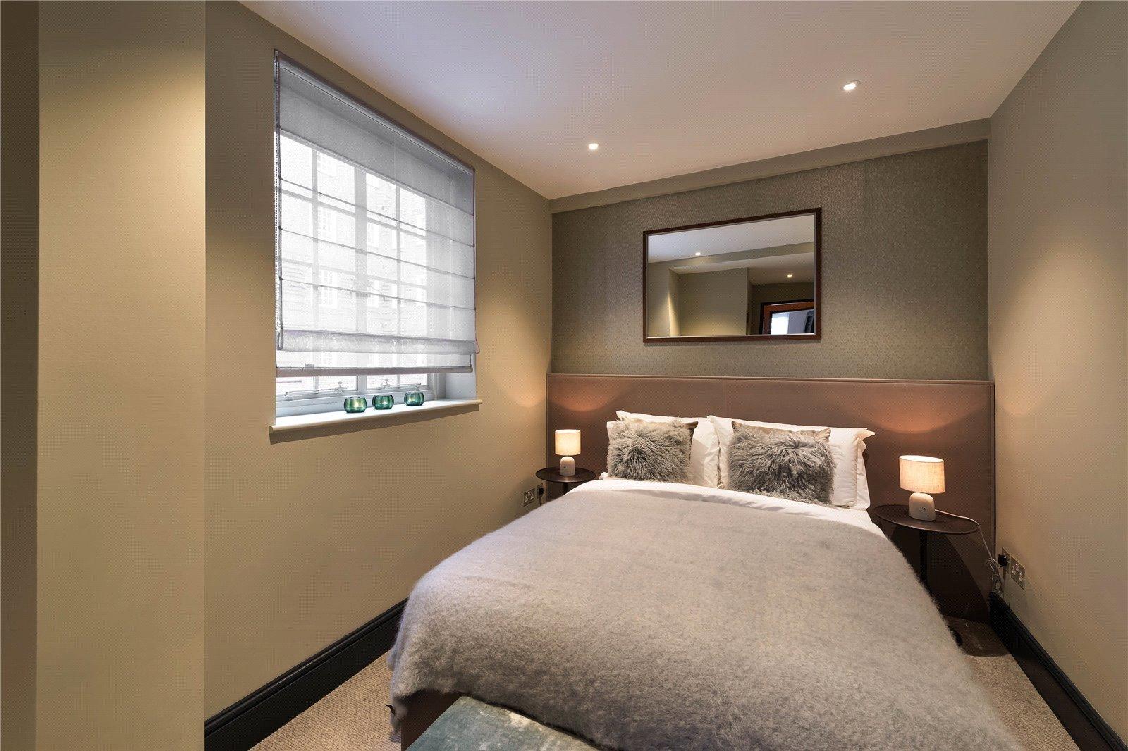 Swan Court, Chelsea Manor Street, London, SW3