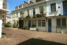 Courtfield Mews, South Kensington, London, SW5