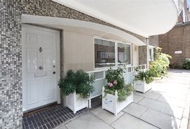 Flat for sale in Whaddon House, William Mews