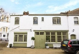 House to rent in Garden Mews, Notting Hill