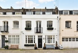 House to rent in Petersham Place, London