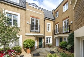 House to rent in Vantage Place, Kensington