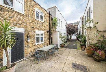 Bradbrook House, Studio Place, London, SW1X