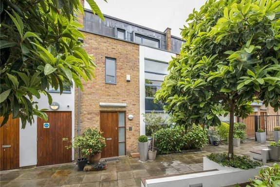 Dunworth Mews, London, W11