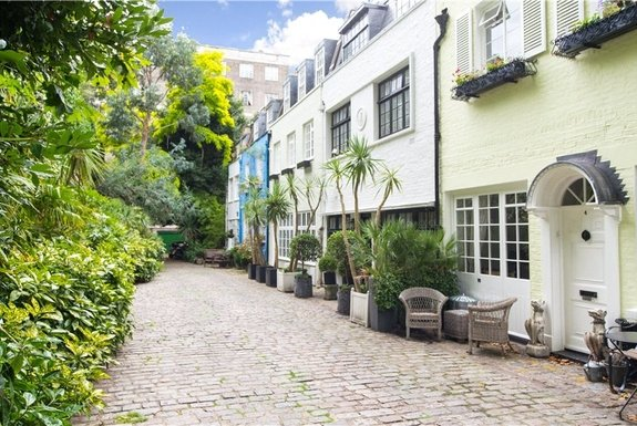 Albion Mews, Hyde Park Estate, London, W2