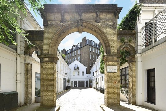Laverton Mews, London, SW5