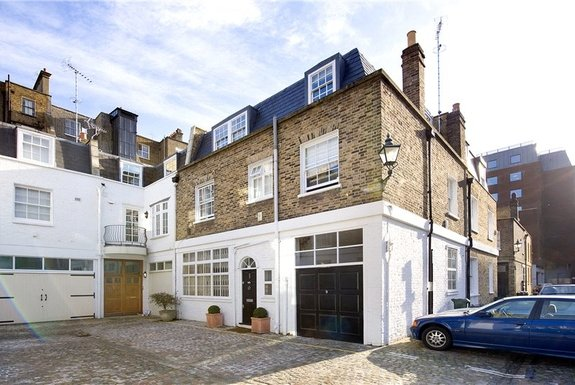 Queen's Gate Place Mews, South Kensington, London, SW7