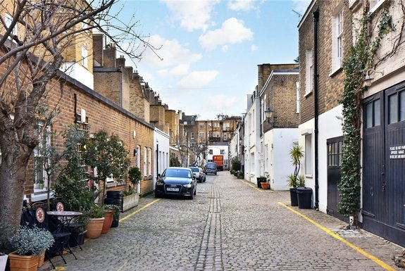 Queens Gate Mews, South Kensington, London, SW7