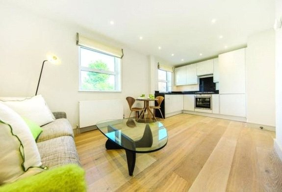 Flat for sale in Abberley Mews, London