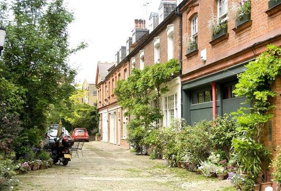 Clover Mews, Chelsea, London, SW3