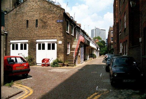 Dove Mews, South Kensington, London, SW5
