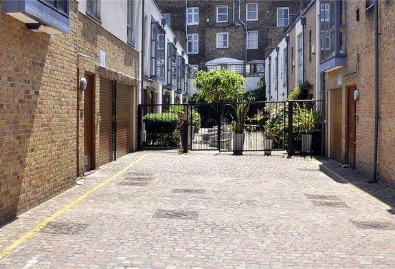 Dunworth Mews, Ladbroke Grove, Notting Hill, W11