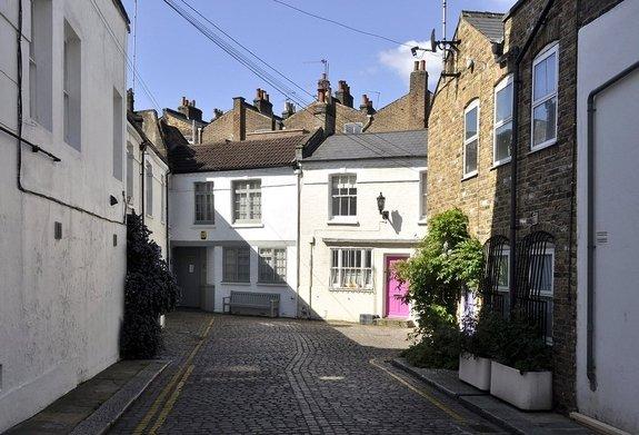 Golborne Mews, Ladbroke Grove, London, W10