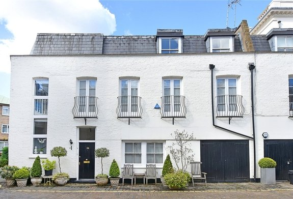 House for sale in Hyde Park Gardens Mews, Lancaster Gate