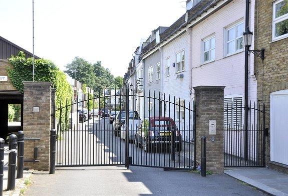 Ruston Mews, Ladbroke Grove, London, W11