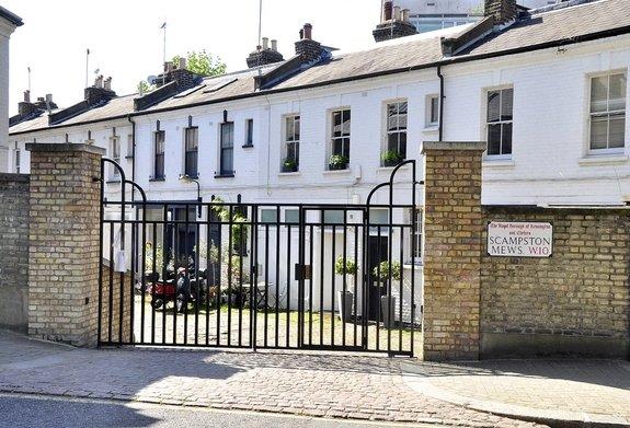 Scampston Mews, Ladbroke Grove, London, W10