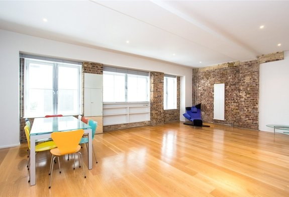 Flat to rent in Brook Mews North, Lancaster Gate