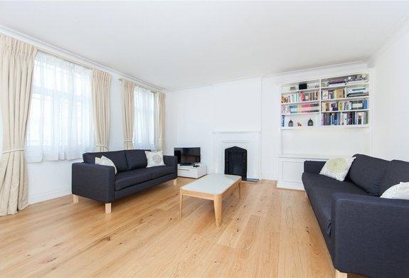 Flat to rent in Leonard Court, Edwardes Square
